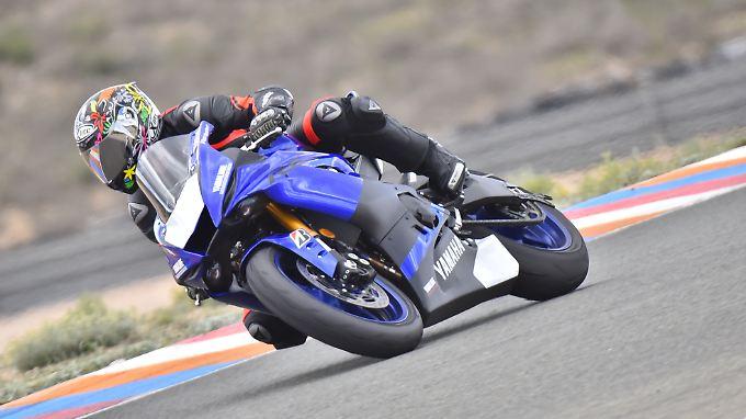 Mit der YZF-R6 hat Yamaha seine Supersportlerin neu aufgelegt.