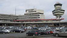 Soll der Flughafen Tegel in Betrieb bleiben? Schon bald werden die Berliner darüber entscheiden.