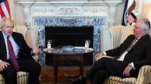Johnson sagt Moskau-Reise ab: Briten folgen Trumps Konfrontationskurs