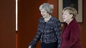 Telefonat mit Trump: Merkel und May stellen sich hinter US-Luftschlag in Syrien