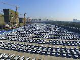 Neuwagen für den chinesischen Markt: In Changchun in der nordchinesischen Provinz Jilin stehen VW-Modelle bereit zur Auslieferung.