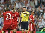 Üble Beschimpfungen: Bayern-Stars dringen in Schiri-Kabine ein