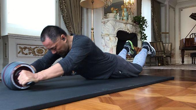 Guo Wengui beim Workout.