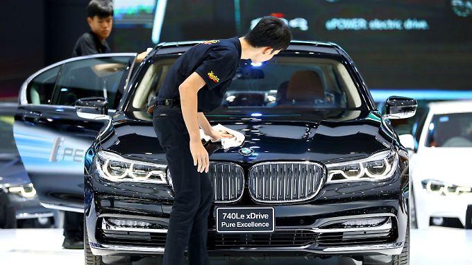 Das Ergebnis vor Steuern springt bei BMW um fast ein Drittel nach oben.
