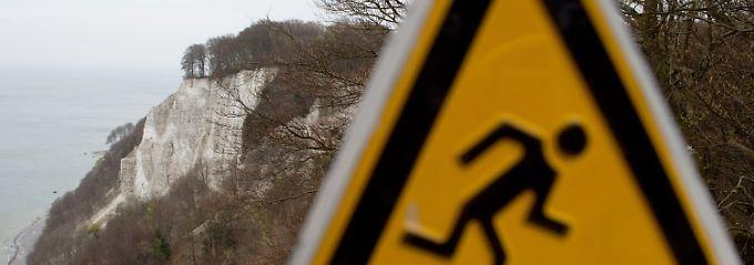 21-jährige stirbt auf Rügen: Frau stürzt von Kreidefelsen in den Tod