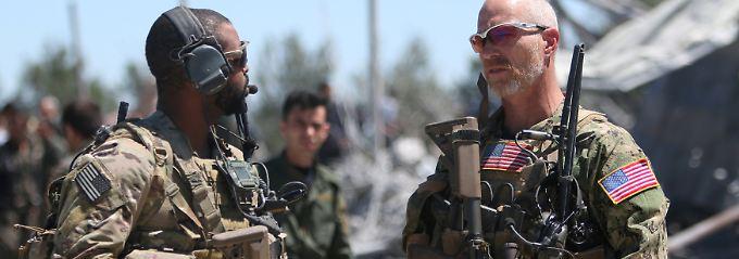 Bomben auf US-Verbündete: Türkische Luftwaffe greift YPG-Zentrum an