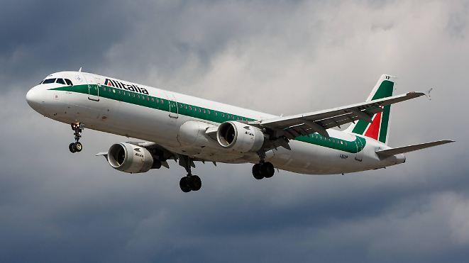 Fluggesellschaft vor dem Aus: Wird Lufthansa die große Retterin von Alitalia?