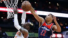 NBA-Playoffs: Rekord aufgestellt: Schröder brilliert bei Hawks-Niederlage