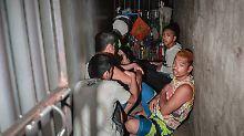 Drogenkrieg auf den Philippinen: Dutzend Gefangene in Geheimzelle entdeckt