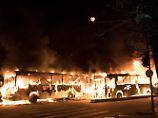 Brennende Busse in Rio: Gewalt überschattet Generalstreik in Brasilien