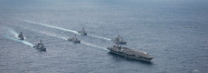 """Die """"Carl Vinson"""" hat zusammen mit ihren Begleitschiffen inzwischen Südkorea erreicht."""