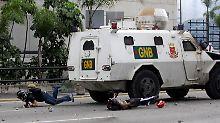 Rücksichtsloses Vorgehen gegen Demonstranten.