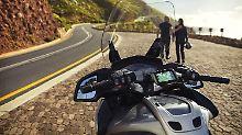 Für Motorradfahrer, die lange Touren fahren, kann sich ein Navi in jedem Fall bezahlt machen.