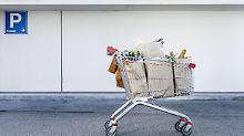 Teures Falschparken: Raue Sitten auf dem Supermarktparkplatz