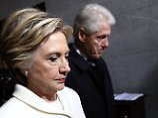 Hinter den Kulissen treibt Clinton offenbar längst den Widerstand gegen US-Präsident Trump voran.