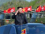 Wie gefährdet ist er? Kim Jong Un bei einer Militärparade im April.