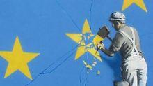 Ein Stern weniger ...: Banksy zeigt: Die EU bröckelt
