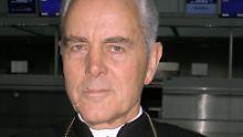 NPD-Anwalt verteidigt Bischof: Williamson-Prozess verschoben