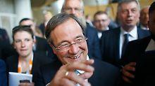 """CDU-Sieger Armin Laschet: Der """"Wackeldackel"""" hat gewonnen"""