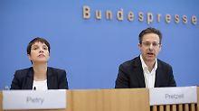 """""""Erwarte Dank von Laschet"""": AfD beklagt Ideen-Klau der CDU"""