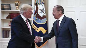 Im Gespräch mit Lawrow: Trump soll geheime Informationen weitergegeben haben