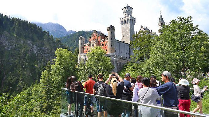 Besonders Bayern kann mit Sehenswürdigkeiten wie dem Schloss Neuschwanstein punkten.
