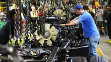 Autobauer streichen Stellen: Realitätsschock für Trumps Job-Versprechen
