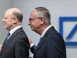 Teure Skandale: Deutsche Bank bittet Ex-Manager zur Kasse