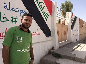 Laith Dabbagh räumt freiwillig die Stadt auf.