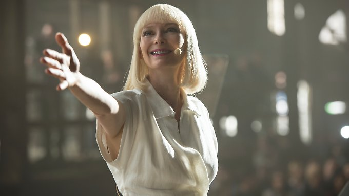 """Szene aus """"OKJA"""" mit Tilda Swinton - um die Netflix-Produktion gibt es Streit."""