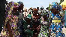 Nach Entführung durch Boko Haram: Freigelassene Mädchen mit Familien vereint