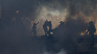 """Barrikadenkampf in Venezuela: Maduro: """"Lass deine schmutzigen Hände von uns, Donald Trump"""""""
