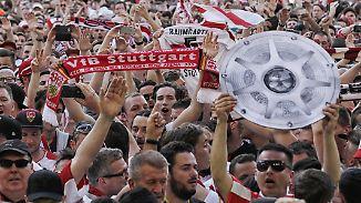 Grenzenlose Euphorie am letzten Spieltag: Stuttgart und Hannover kehren zurück in die Bundesliga