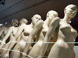 Plus-Size und Achselhaar: Das 90-60-90-Schönheitsideal wankt