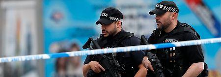 Nach Attentat von Manchester: Britische Polizei sucht Terror-Netzwerk
