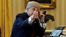 Sicherheitslücke? Egal!: Trump verteilt seine Handynummer