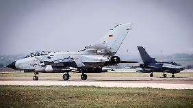 In der Türkei ist ein halbes Dutzend Tornado-Aufklärungsflugzeuge stationiert und mit ihnen mehr als 200 Bundeswehrsoldaten.