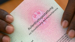 Nach Bundeswehr-Skandal: Behörden müssen 10.000 Asylanträge erneut prüfen