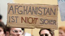 Aus Nürnberger Schule geholt: Streit um Abschiebehaft für Asef N.