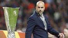 Mit Ajax Amsterdam stand Peter Bosz im diesjährigen Europa-League-Finale, musste sich aber Manchester United geschlagen geben. Vielleicht hofft er auf mehr Erfolg in Dortmund.