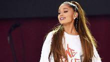 Eine Biene für Manchester: Ariana Grande lässt sich stechen