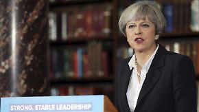 Corbyn holt in Umfragen auf: May stolpert über eigene Vergangenheit