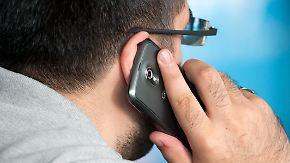 Alte Verträge meist zu teuer: Mut kann sich für Mobilfunkkunden auszahlen