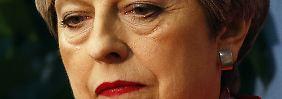 Theresa May hat sich verzockt. Auch wenn die Wahlschlappe ihre Hand im Brexit-Poker schwächt: Feiern sollte die EU nicht.