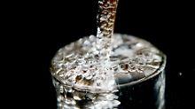 Preis für Aufbereitung steigt: Trinkwasser bald 45 Prozent teurer?