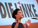 Witze über Martin Schulz: Unter Jubel wirft Wagenknecht die Tür zu