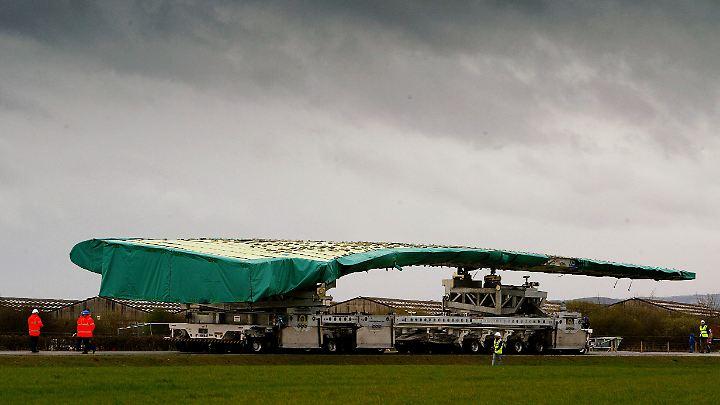 Die Industrie im Königreich ist alarmiert. Nicht nur Airbus fürchtet um eine wichtige Produktionsstätte. Hier ein Flügel für eine A380, produziert in Wales.