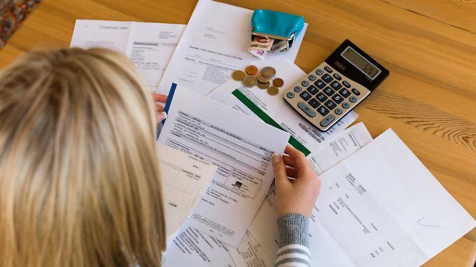 Wer die Gerichtskosten selbst übernimmt, kann das Verfahren von sechs auf fünf Jahre verkürzen.