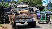 Überfall auf den Philippinen: Hunderte Rebellen greifen Militär an