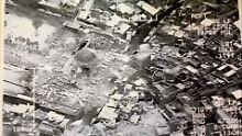 Iraks Armee rückt in Mossul vor: IS sprengt symbolträchtige Moschee